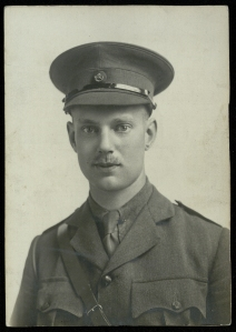 Dennis Holme Robertson in uniform.